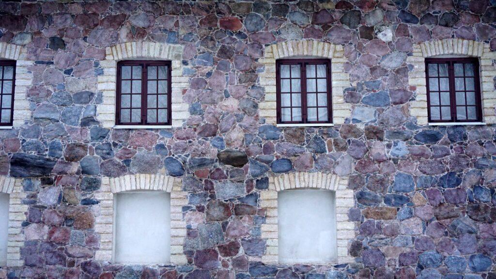 Moe manor restoration